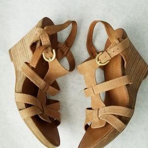 Franco Sarto tan leather wedge sandals 6.5M